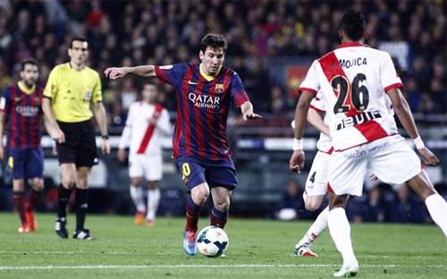 """""""Mồi ngon"""" của Messi và cơ hội """"truất ngôi"""" Real - 1"""
