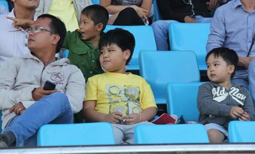 Chật ních khán đài xem giải đua moto Việt đỉnh cao - 4