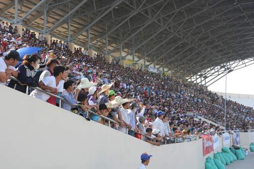 Chật ních khán đài xem giải đua moto Việt đỉnh cao - 7