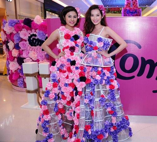 Vân Trang, Trúc Diễm diện váy ngàn hoa cuốn hút - 1