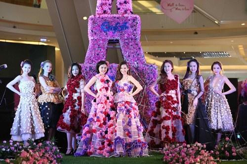 Vân Trang, Trúc Diễm diện váy ngàn hoa cuốn hút - 6
