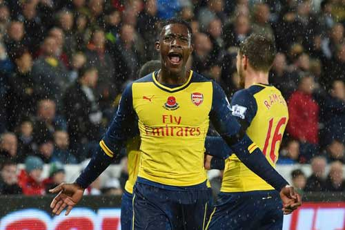 MU - Arsenal: Thiên đường vẫy gọi - 3
