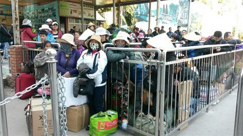 Bắt gần 90 người trốn đi Trung Quốc lao động trái phép - 1
