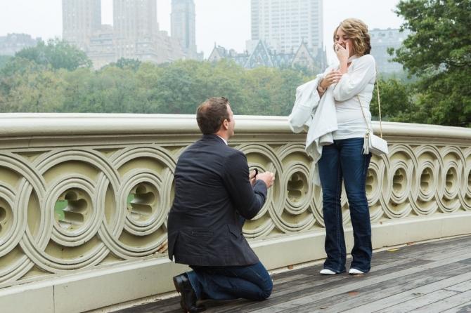 Khoảnh khắc cầu hôn tuyệt đẹp của các cặp đôi - 7