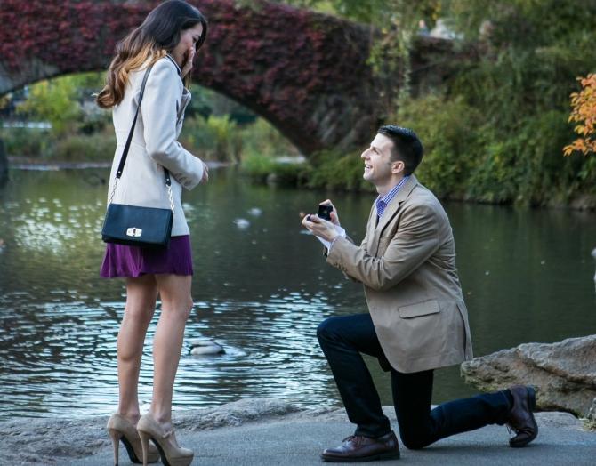 Khoảnh khắc cầu hôn tuyệt đẹp của các cặp đôi - 2