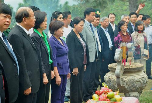 Trồng hơn 13.000 cây xanh tại khu mộ Đại tướng Võ Nguyên Giáp - 1