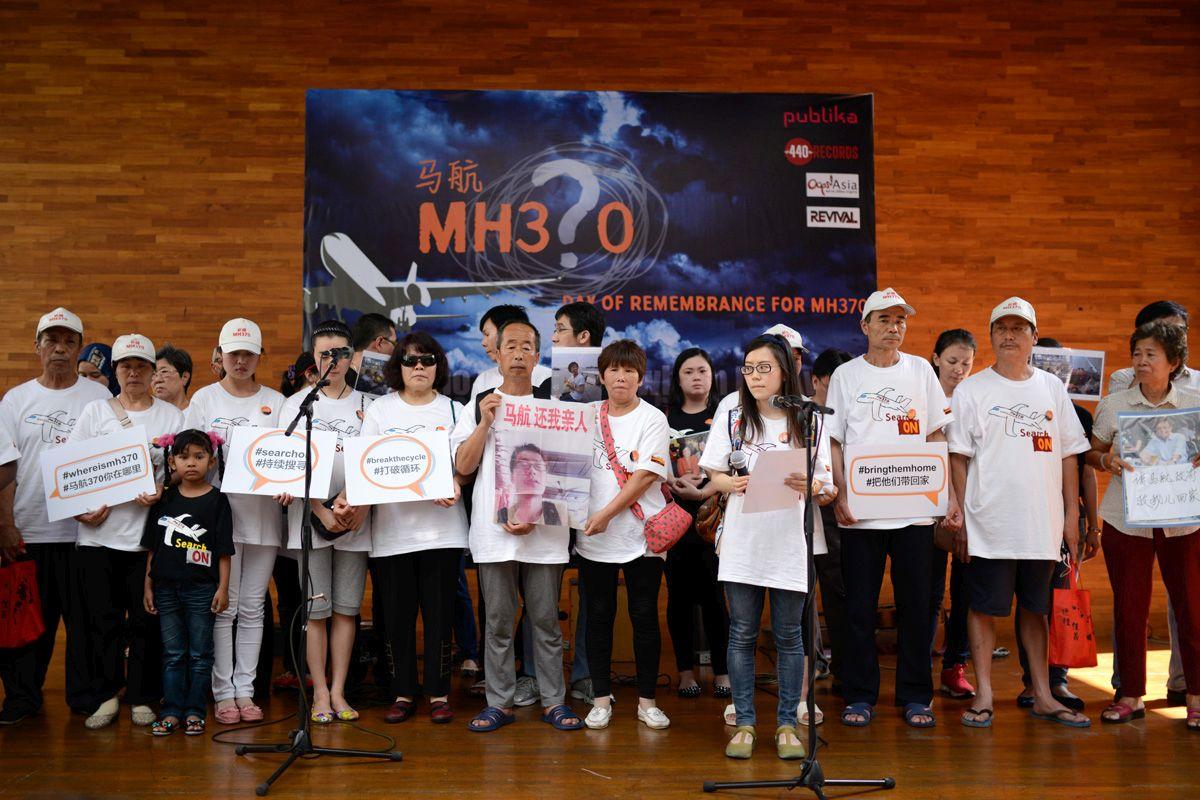 """Pin hộp đen MH370 """"chết"""" trước khi máy bay mất tích - 2"""