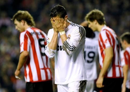 Tiêu điểm V26 La Liga: Khi chân chùn, gối mỏi - 1