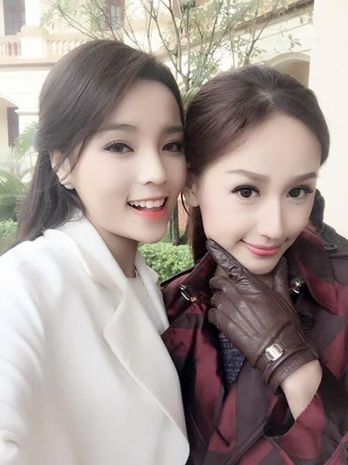 Ngắm hình selfie xinh như mộng của mỹ nhân showbiz - 4