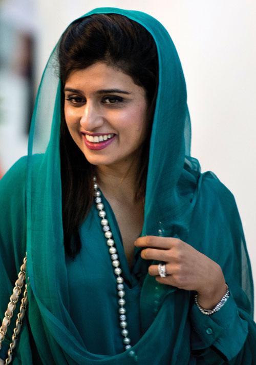 5 nữ chính khách xinh đẹp, quyến rũ nhất thế giới - 10