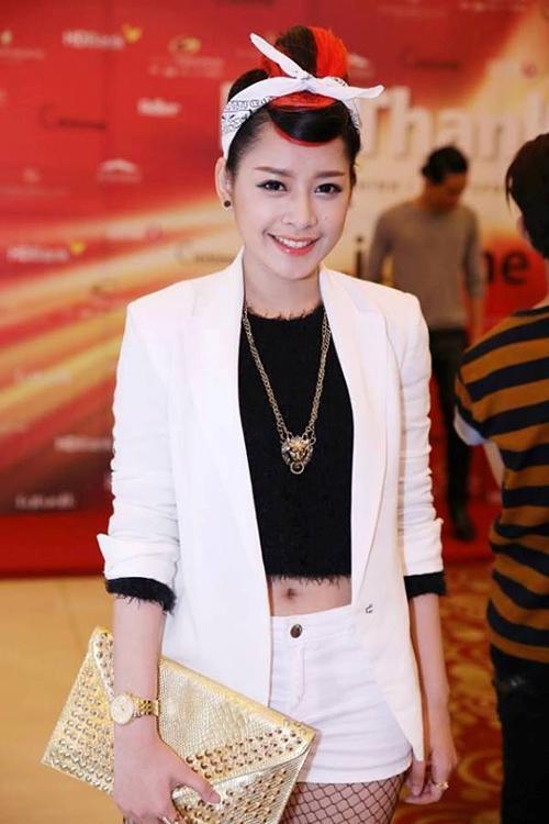Thời trang ngày càng quyến rũ của dàn hot girl Việt - 10