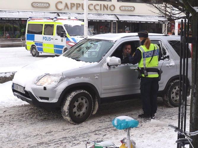 """Cuộc chiến chống """"ma men"""" lái xe ở Thụy Điển - 3"""