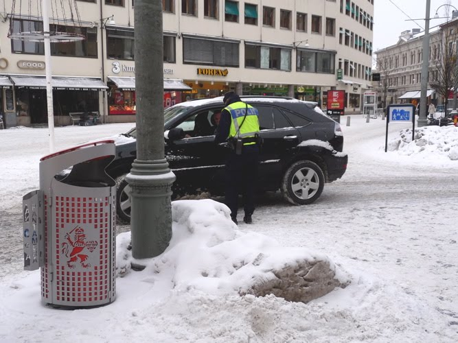 """Cuộc chiến chống """"ma men"""" lái xe ở Thụy Điển - 2"""