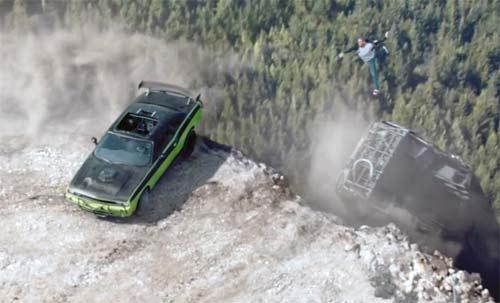 Fast & Furious 7: Nghẹt thở với trích đoạn phim đầu tiên - 3