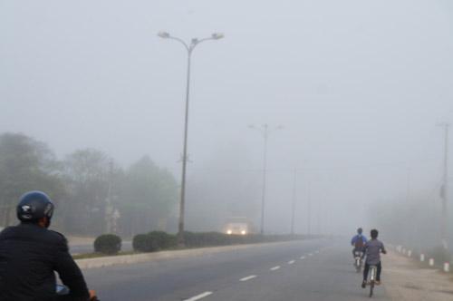 Quảng Nam: Sương mù phủ trắng thành phố Tam Kỳ - 5
