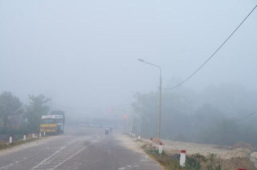 Quảng Nam: Sương mù phủ trắng thành phố Tam Kỳ - 4