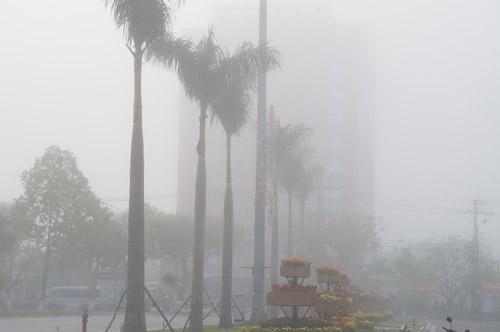 Quảng Nam: Sương mù phủ trắng thành phố Tam Kỳ - 12