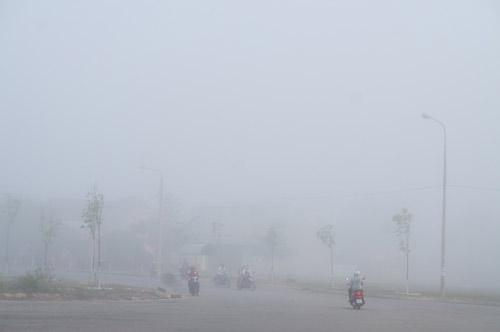 Quảng Nam: Sương mù phủ trắng thành phố Tam Kỳ - 8