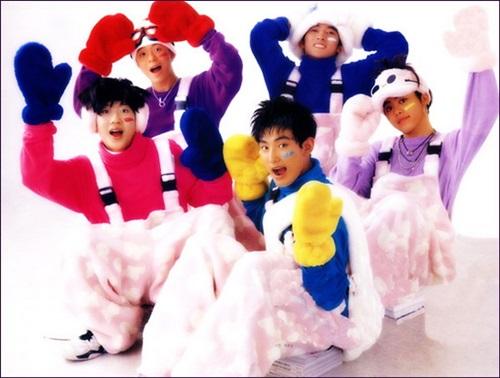 Clip tái hiện 14 hit của Hàn trong 20 năm - 1