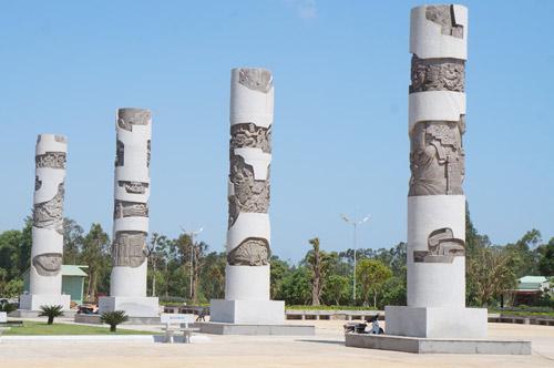 Ngắm tượng đài Mẹ Việt Nam anh hùng lớn nhất nước - 4