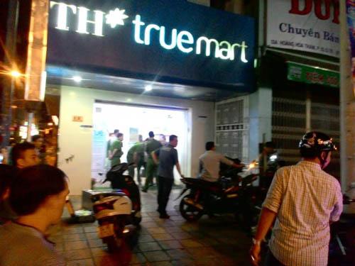 Thông tin mới nhất vụ cướp tại cửa hàng sữa ở TP.HCM - 1