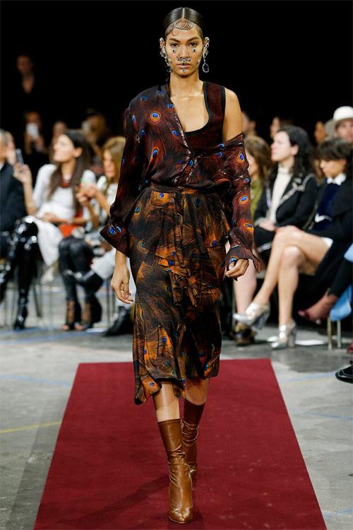 Vẻ đẹp nữ hoàng Anh trong tuyệt phẩm của Givenchy - 13