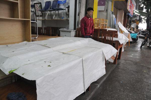 Dân Thủ đô khổ sở vì mưa phùn, nồm ẩm - 13