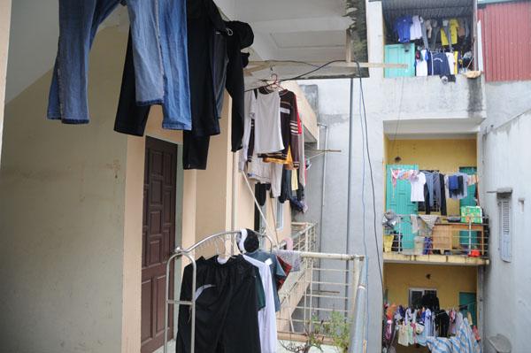 Dân Thủ đô khổ sở vì mưa phùn, nồm ẩm - 10