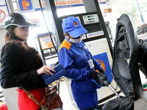 Thuế BVMT tăng 3 lần: Giá xăng dầu sẽ tăng mạnh? - 1