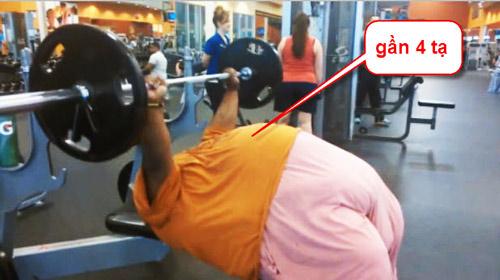 Chàng béo nặng gần 4 tạ 2 năm giảm 100 kg - 2