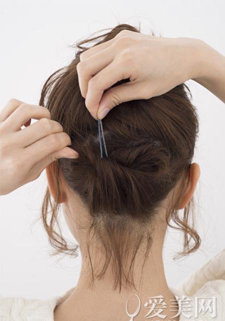Gợi ý 2 biến tấu đẹp, dễ cho cô nàng tóc ngắn - 10