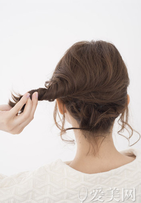 Gợi ý 2 biến tấu đẹp, dễ cho cô nàng tóc ngắn - 11