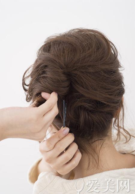 Gợi ý 2 biến tấu đẹp, dễ cho cô nàng tóc ngắn - 12