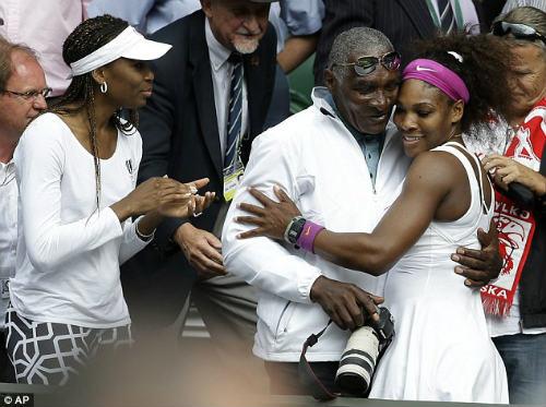 Serena trở lại Indian Wells: Chiến thắng ký ức buồn - 2