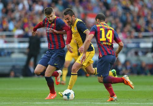 """Barca: Xây mộng """"ăn 3"""" từ hàng thủ - 2"""