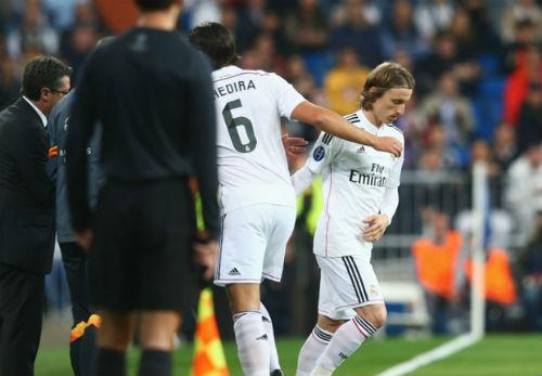"""Real """"chết"""" hụt: Ancelotti thừa nhận Real đang bất ổn - 1"""