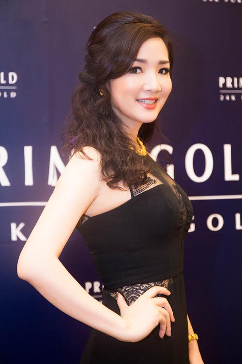 Hoa hậu Giáng My diện váy nửa kín, nửa hở dự sự kiện - 1