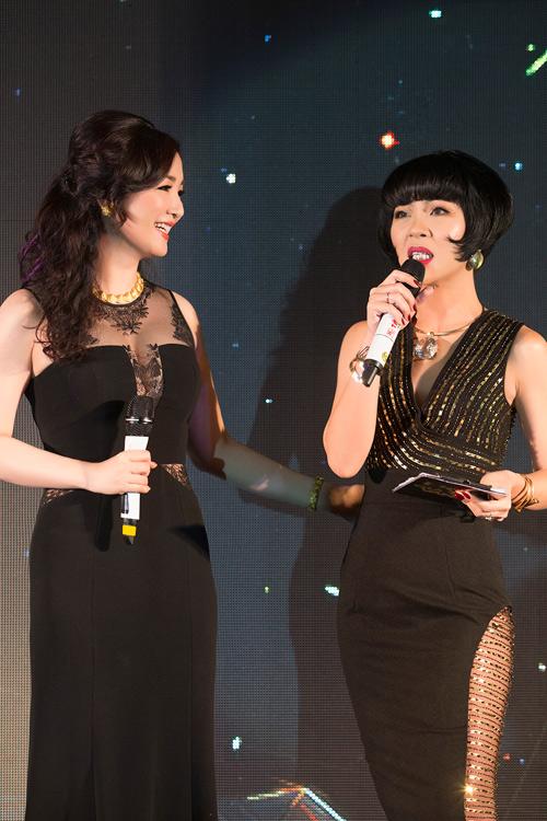 Hoa hậu Giáng My diện váy nửa kín, nửa hở dự sự kiện - 2