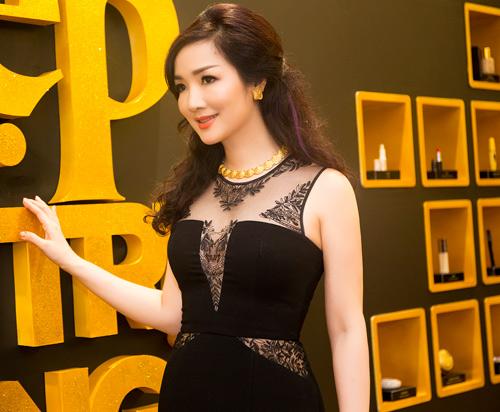 Hoa hậu Giáng My diện váy nửa kín, nửa hở dự sự kiện - 6
