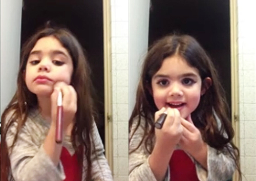 Thích thú với clip trang điểm sành điệu của bé gái - 2