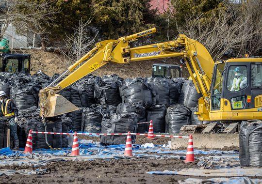 Nhật: Ám ảnh phóng xạ sau 4 năm động đất sóng thần - 3