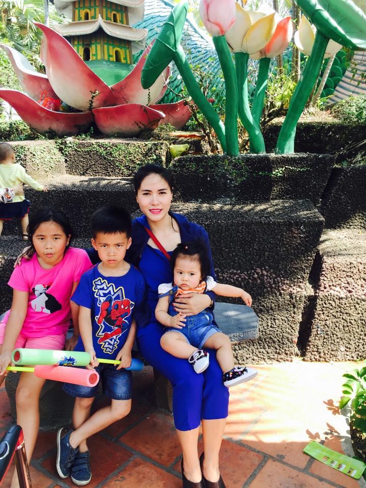 Trải lòng của bà mẹ đơn thân một mình nuôi ba con nhỏ - 2
