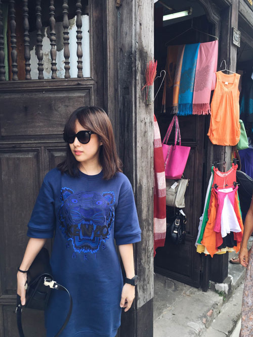 Cô chủ shop dễ thương mê áo in họa tiết - 7