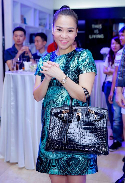 """Thời trang của 5 """"bà bầu"""" đình đám trong showbiz Việt - 6"""