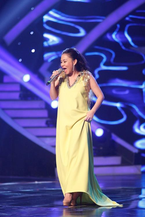"""Thời trang của 5 """"bà bầu"""" đình đám trong showbiz Việt - 9"""