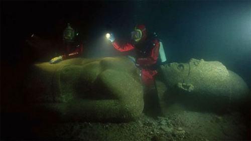 Những bí ẩn kỳ lạ nhất trong lòng đại dương (P1) - 5
