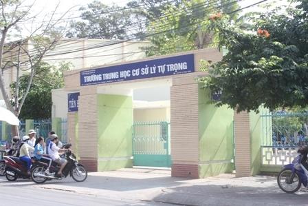 Vụ HS lớp 7 bị đánh: Chủ tịch tỉnh yêu cầu xử lý nghiêm - 2
