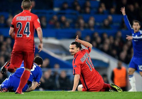 Mourinho: Bây giờ không phải lúc để khóc - 2