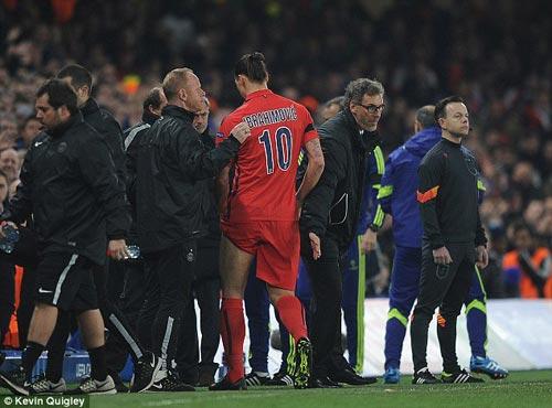 """Thầy trò Mourinho bị truyền thông """"đánh"""" tơi bời - 3"""
