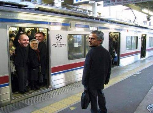 """Thầy trò Mourinho bị truyền thông """"đánh"""" tơi bời - 5"""